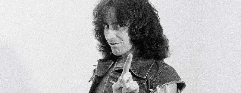 AC / DC dalok BON SCOTT emlékére